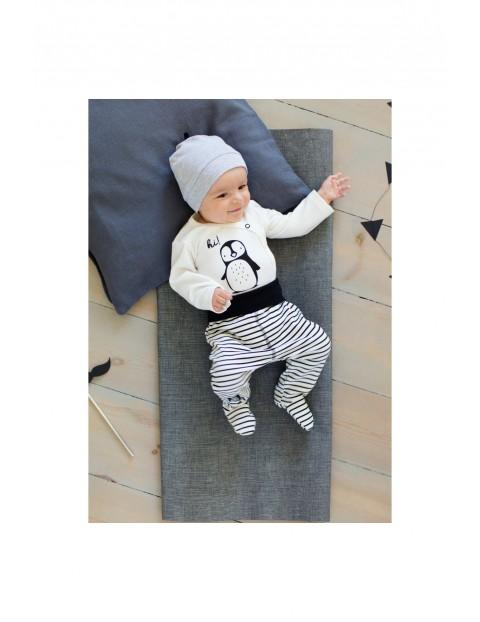 Czapka niemowlęca dzianinowa