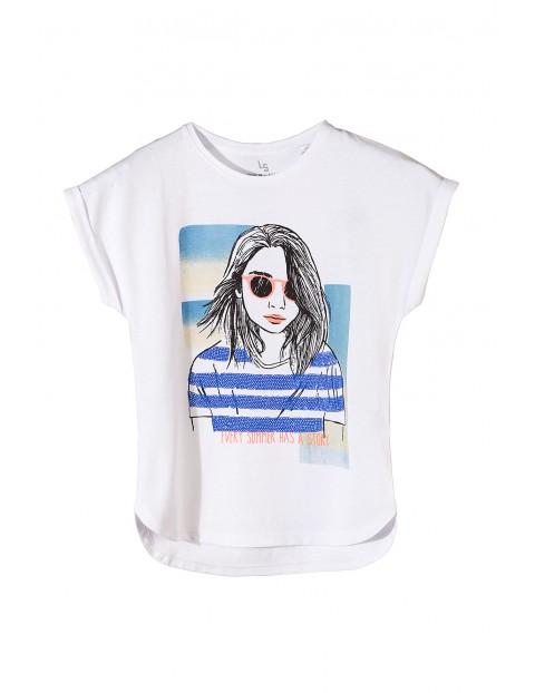T-shirt dziewczęcy z nadrukiem i połyskującymi cekinami