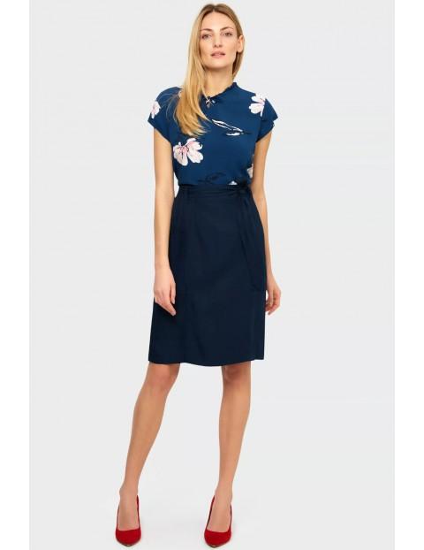 Wiskozowa bluzka koszulowa z kwiatowym nadrukiem krótki rękaw