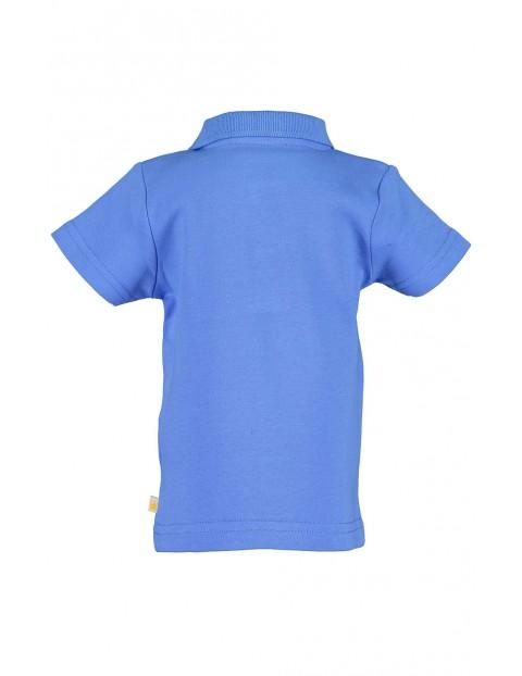 Koszulka chłopięca niebieska z kołnierzykiem