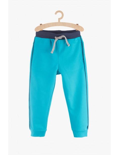 Spodnie sportowe chłopięce- niebieskie