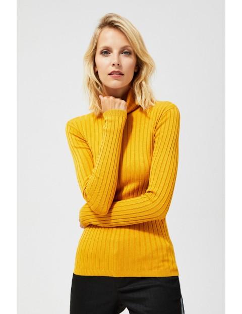 Cienki sweter ribbowy z golfem - żółty