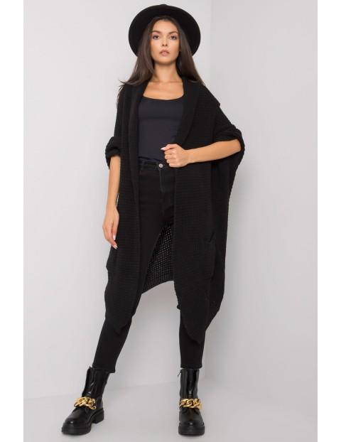 Czarny długi sweter damski