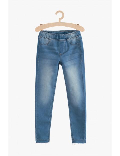 Spodnie dziewczęce jeansowe  z kieszeniami- niebieskie