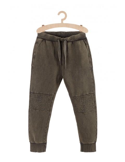 Spodnie chłopięce dresowe z efektami sprania