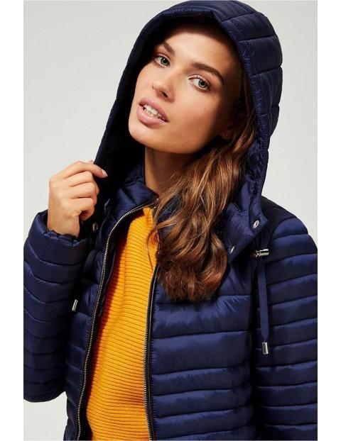 Pikowana kurtka damska z odpinanym kapturem - granatowa