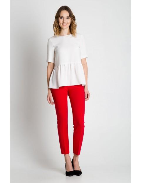 Biała bluzka z baskinką - krótki rękaw