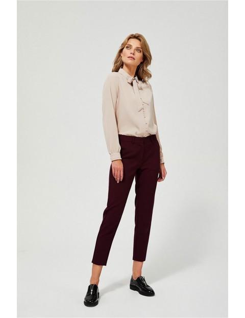 Klasyczne spodnie damskie w kant - bordowe