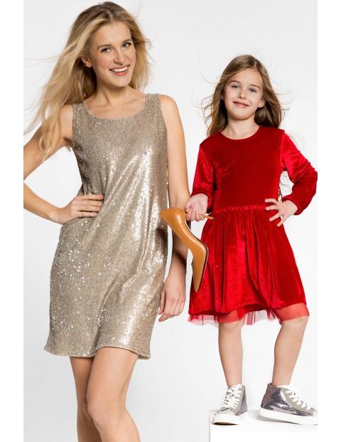 Elegancka świąteczna sukienka z tiulową falbanką