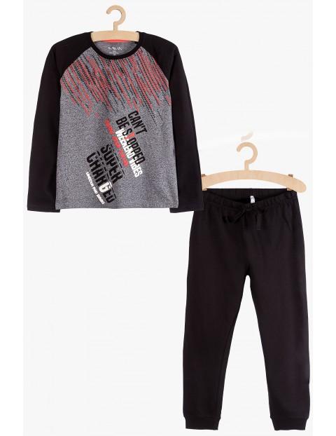 Piżama chłopięca - bluzka z długim rękawem i spodnie