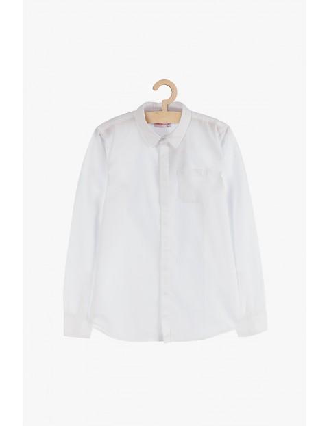 Biała elegancka koszula chłopięca z długim rękawem