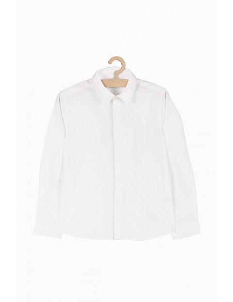 Biała elegancka koszula z długim rękawem