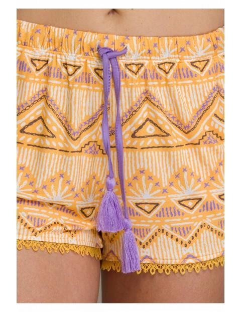 Słoneczny komplet z krótkimi spodniami