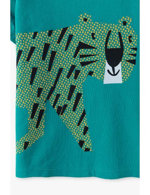 T-shirt chłopięcy w kolorze zielonym z tygryskiem