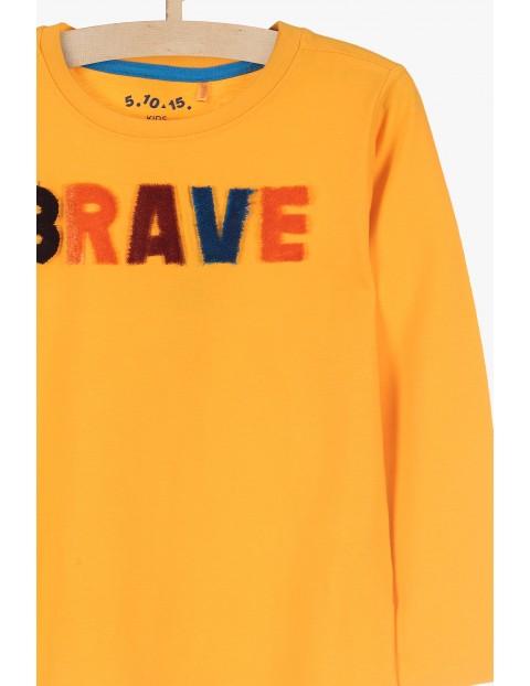 Dzianinowa bluzka chłopięca z kolorowym napisem