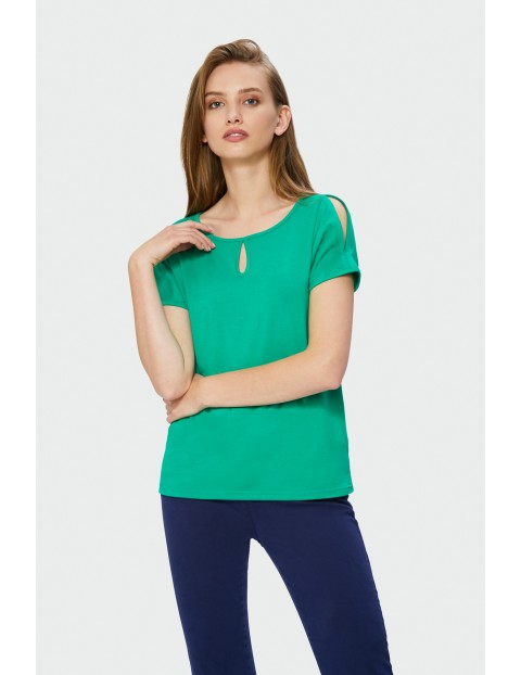 Zielony t-shirt damski z łezką przy dekolcie
