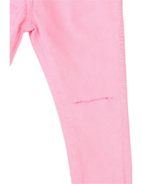 Spodnie dziewczęce w kolorze różowym