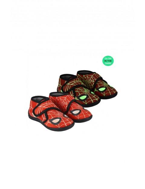 Kapcie chłopięce świecące w ciemności Spiderman