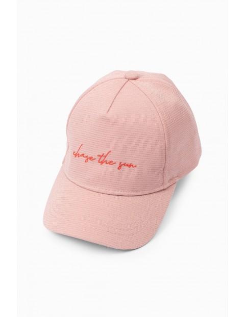 Różowa czapka z daszkiem dla dziewczynki