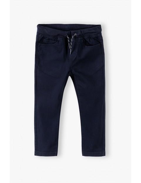 Spodnie chłopięce klasyczne- czarne
