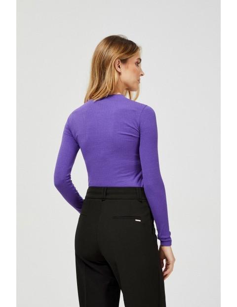 Bluzka damska z ozdobnymi guzikami - fioletowa