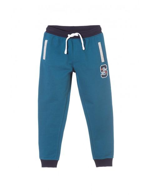 Spodnie dresowe chłopięce 2M3302