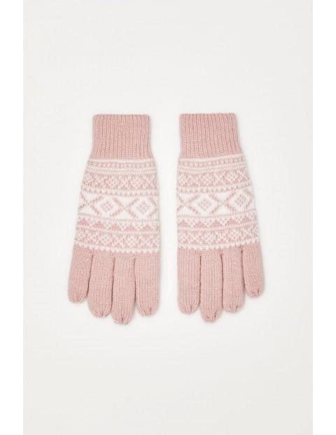 Rękawiczki we wzór z metaliczną nitką - różowe