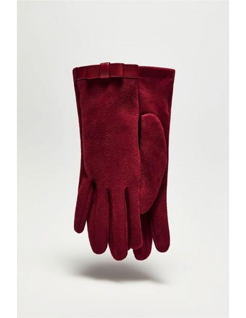 Długie stylowe rękawiczki damskie z zamszowego materiału - bordowe