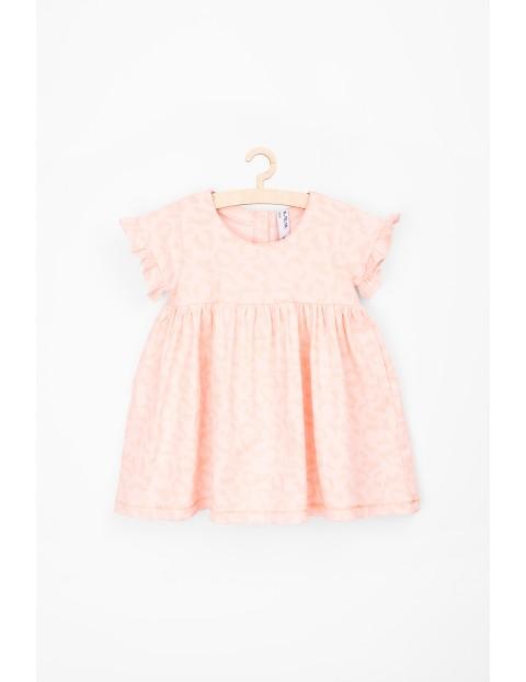 Sukienka z krótkim rękawem różowa w panterkę