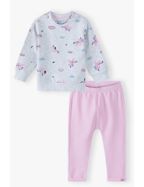 Komplet niemowlęcy dresowy  w jednorożce- bluza i spodnie