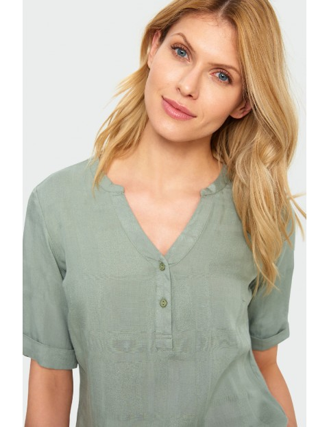 Wiskozowa bluzka damska z wywijanym rękawem