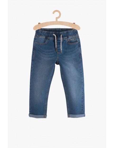Spodnie jeansowe chłopięce- niebieskie