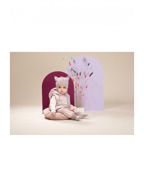 Kamizelka niemowlęca z kwiatkiem różowa pikowana