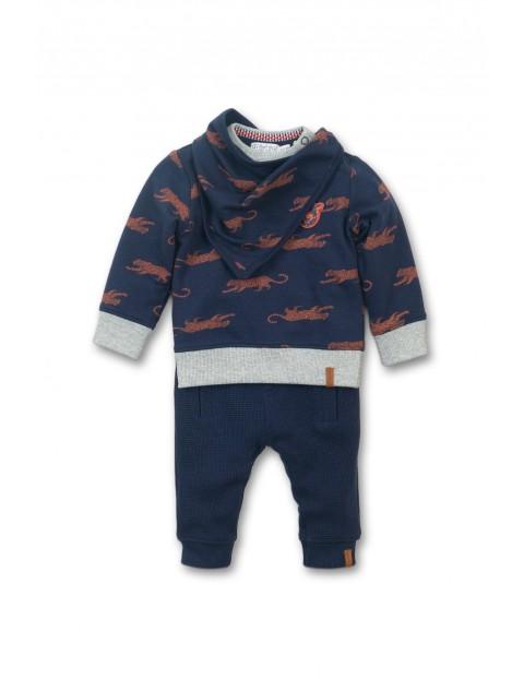 Komplet dresowy dla niemowlaka- granatowy w tygrysy