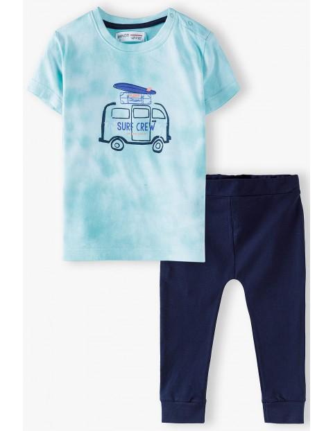Bawełniany komplet niemowlęcy dwuczęściowy- t-shirt i spodnie dresowe