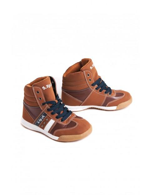 Footwear 2Z2701