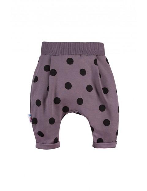 Spodnie dresowe dziewczęce w grochy