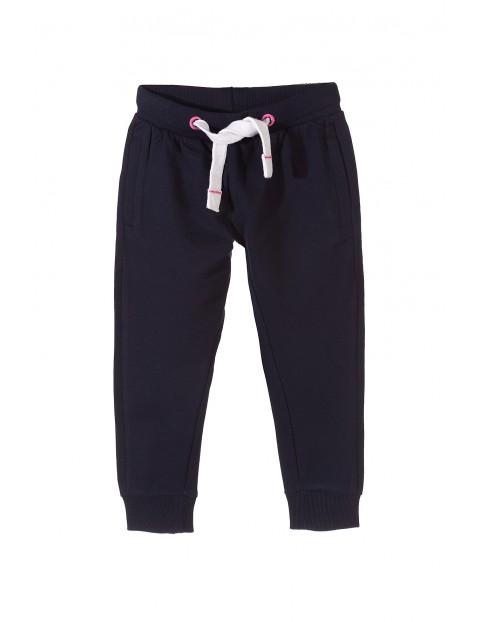 Spodnie dresowe dziewczęce 3M9732
