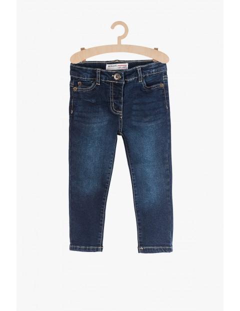 Jeansowe spodnie dla niemowlaka- granatowe