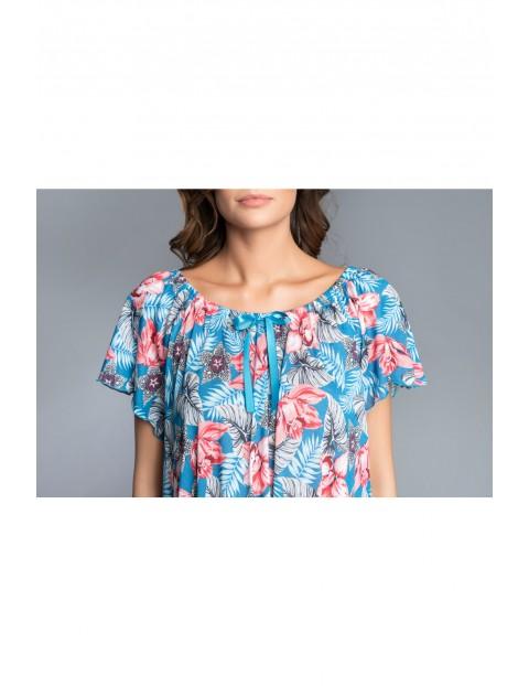 Niebieska koszula nocna damska w różowe kwiaty - krótki rękaw