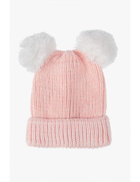 Różowa czapka zimowa dla niemowlaka