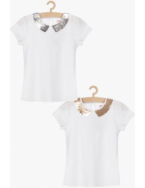 T-shirt dziewczęcy biały z cekinowym, dwustronnym kołnierzykiem