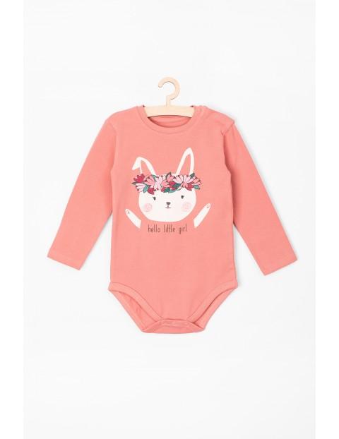 Body niemowlęce z króliczkiem