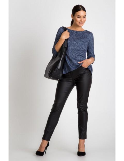 Dzianinowa bluzka damska w melanżowym granatowym kolorze