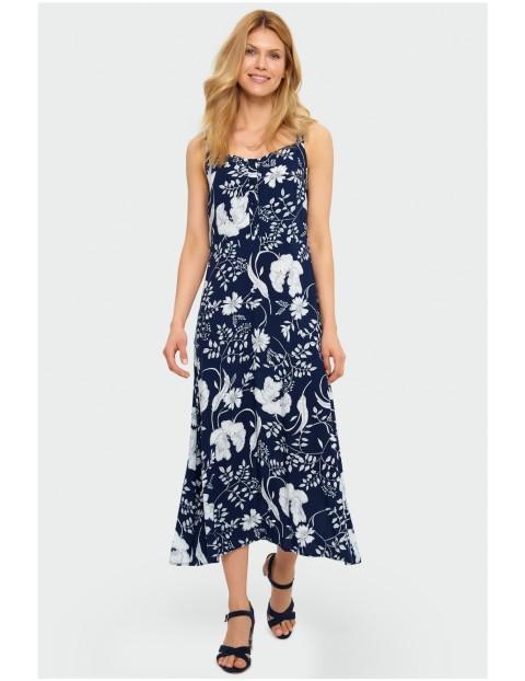 Granatowa długa sukienka damska w białe kwiaty