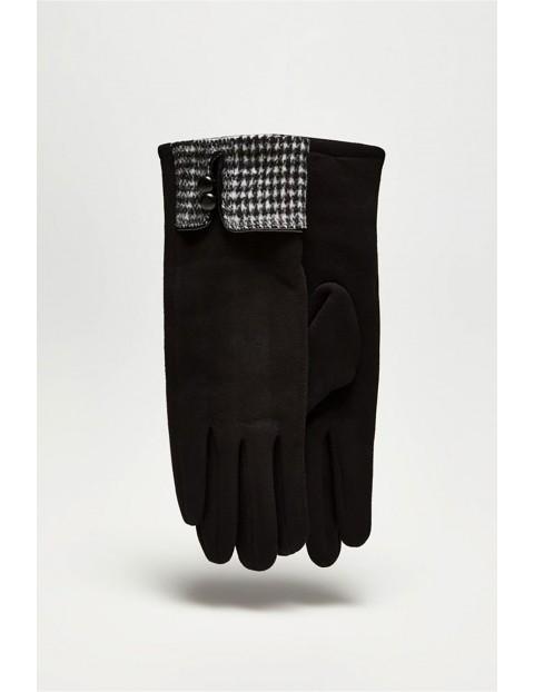 Długie klasyczne rękawiczki damskie z ozdobną wstawką w pepitkę  - czarne