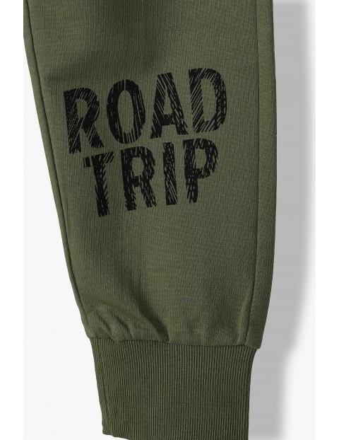 Bawełniane spodnie dresowe - Road trip