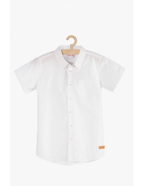 Elegancka biała koszula dla chłopca