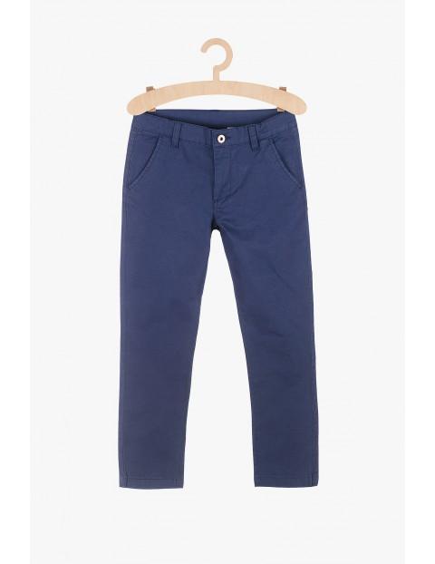Spodnie chłopięce  - granatowe- klasyczny fason