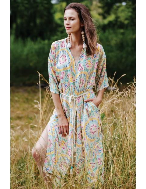 Długa sukienko-narzutka z tkaniny- kolorowe wzory